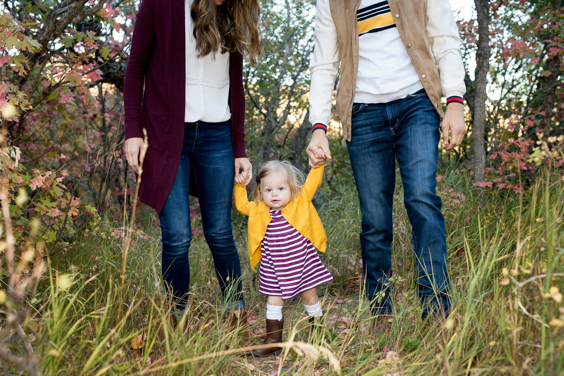 Beautiful family pictures up Provo Canyon near Sundance and Aspen Grove in the fall and autumn colors by Flying Gull Photography