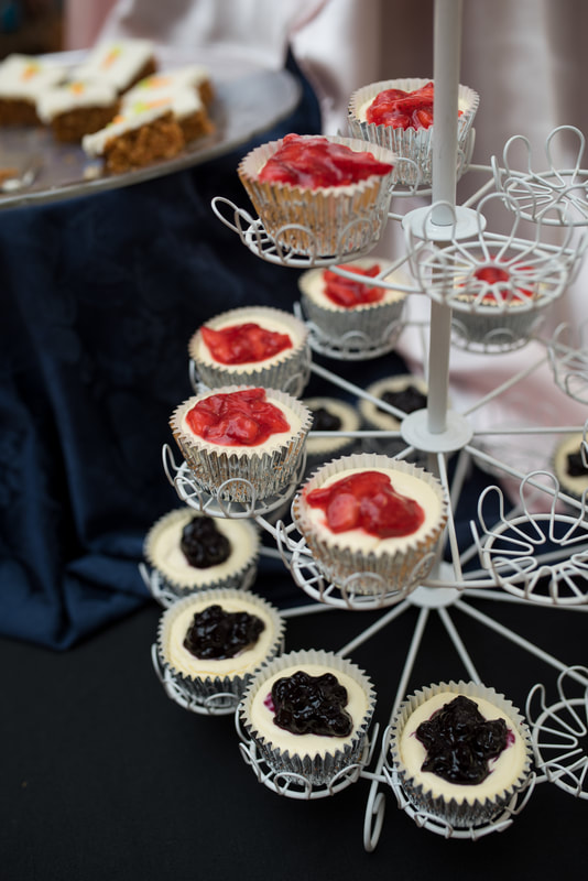 mini cheesecake bites at wedding reception luncheon