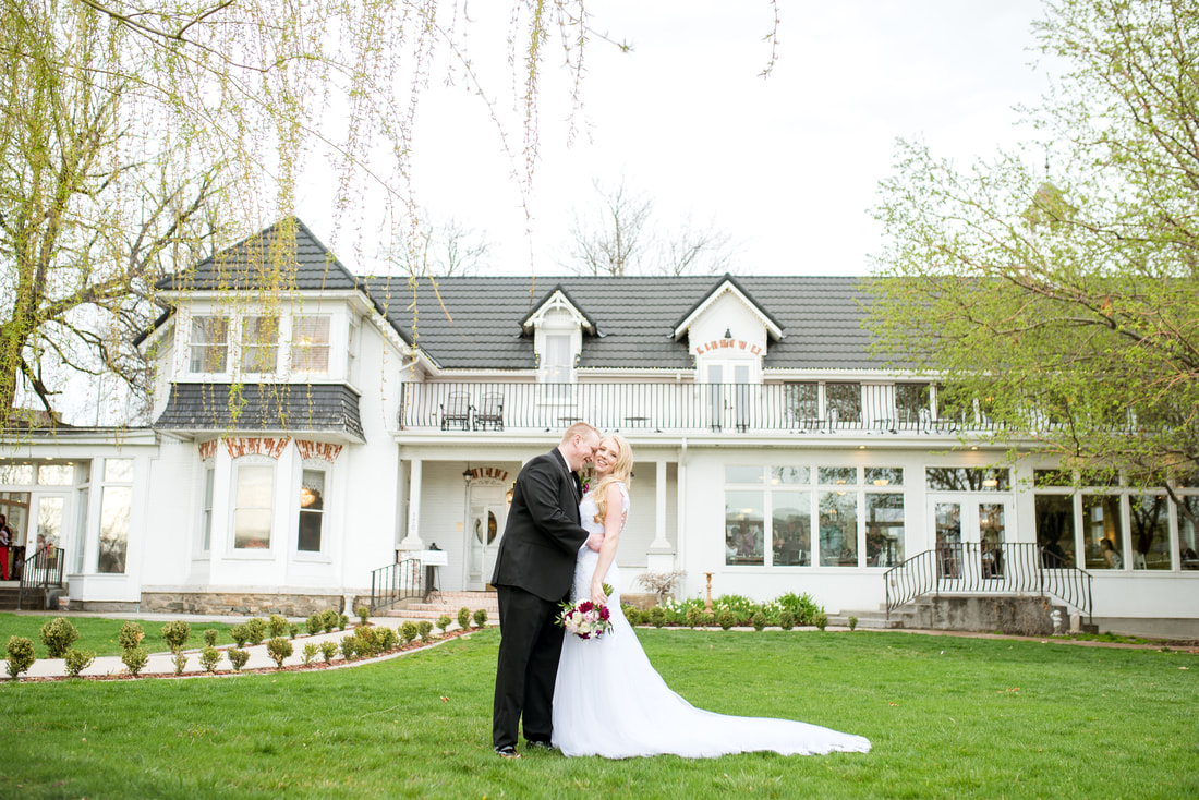 Traditional wedding and ceremony at Layton, Utah Chantilly Mansion with Flying Gull Photography
